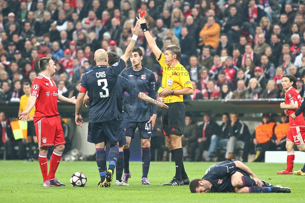 21-04-2010 VOETBAL: BAYERN MUNCHEN - OLYMPIQUE LYON: MUNCHEN<br /> Halve finale Champions League / Rode kaart vvor Franck Ribery<br /> ©2010-FRH-nph / Straubmeier