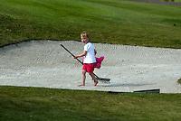 LEUSDEN - Docher van Joost Steenkamer in de bunker;  Stern Open 2003 op de Hoge Kleij. COPYRIGHT KOEN SUYK