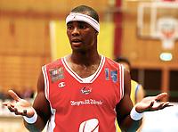 Basket , BLNO<br /> 1. Semifinale <br /> Vollenhallen 04.03.08<br /> Peter Bullock