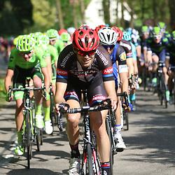 07-05-2016: Wielrennen: Giro: Nijmegen  <br /> NIJMEGEN (NED) wielrennen   <br /> Tussen Arnhem en Nijmegen reden de renners de eerste etappe van de 99e Giro Italia. Tom Stamsnijder verzette bergen werk op kop vna de groep