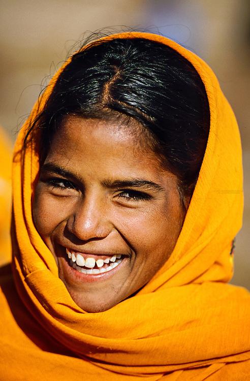 Rajasthani girl, Pushkar Fair (camel fair), Pushkar, Rajasthan, India
