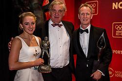 21-12-2016 NED: Sportgala NOC * NSF 2016, Amsterdam<br /> In de Amsterdamse RAI vindt het traditionele NOC NSF Sportgala weer plaats / Sanne Wevers Sportvrouw van het Jaar, Vincent Wevers (turnen) 'Coach van het Jaar 2016'en Andre Bolhuis