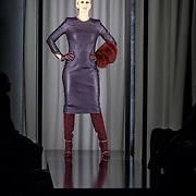 NLD/Amsterdam/20150919 - Modeshow Mart Visser - The Confidence, Anouk Smulders