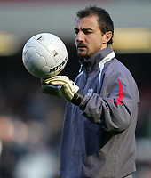 Photo: Lee Earle.<br /> Liverpool v Manchester United. The FA Cup. 18/02/2006. Liverpool's Jerzy Dudek.