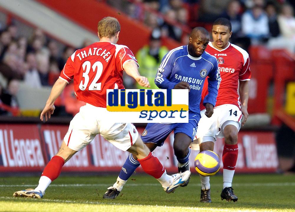 Photo: Olly Greenwood.<br />Charlton v Chelsea. The Barclays Premiership. 03/02/2007. Chelsea's Lassana Diarra goes past Charlton's Ben Thatcher