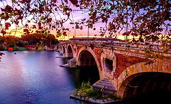 Autumn sunset at the Pont Neuf bridge over the Garonne River, Toulouse, France<br /> <br /> (c) Andrew Wilson | Edinburgh Elite media