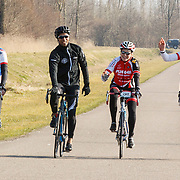 NLD/Biddinghuizen/20150308 - De Hollandse 100 by Lymph & Co, aankomst Humberto Tan