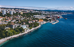 THEMENBILD - Stadtansicht mit der Adria, aufgenommen am 14. August 2019 in Rijeka, Kroatien // City view with the Adriatic Sea in Rijeka, Croatia on 2019/08/14. EXPA Pictures © 2019, PhotoCredit: EXPA/ JFK