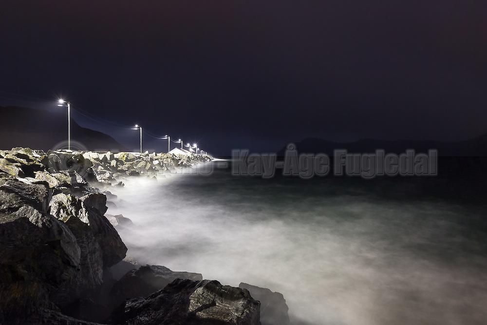 Evening mood at the harbour   Kveldstemning på havnen