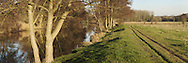 River Kennet and tow path at Ufton near Reading, Berkshire, Uk