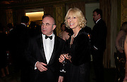 Sir Bob and Lady Hoskins. 25th  annual Awards of the London critic's Circle in aid of the NSPCC. The Dorchester. Park Lane. London. 9 February 2005. ONE TIME USE ONLY - DO NOT ARCHIVE  © Copyright Photograph by Dafydd Jones 66 Stockwell Park Rd. London SW9 0DA Tel 020 7733 0108 www.dafjones.com