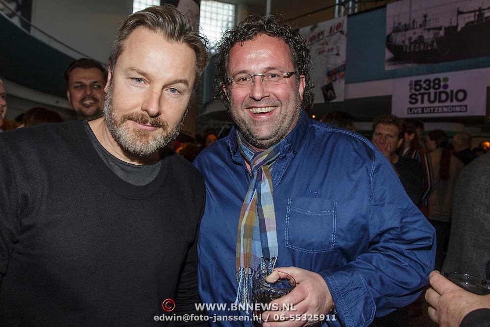 NLD/Hilversum/20150102 - Top40 viert 50 jarig bestaan, Wessel van Diepen en Rick van Velthuysen