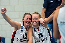 29-09-2018 NED: Supercup Sliedrecht Sport - Eurosped, Sliedrecht<br /> Sliedrecht takes the first price of the new season / Carlijn Ghijssen-Jans #10 of Sliedrecht Sport, Denise de Kant #12 of Sliedrecht Sport