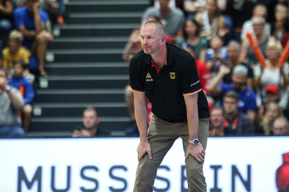 BASKETBALL: VTG Supercup 219, Deutschland - Polen, Hamburg, 18.08.2019<br /> Trainer Henrik Rödl (Deutschland)<br /> © Torsten Helmke