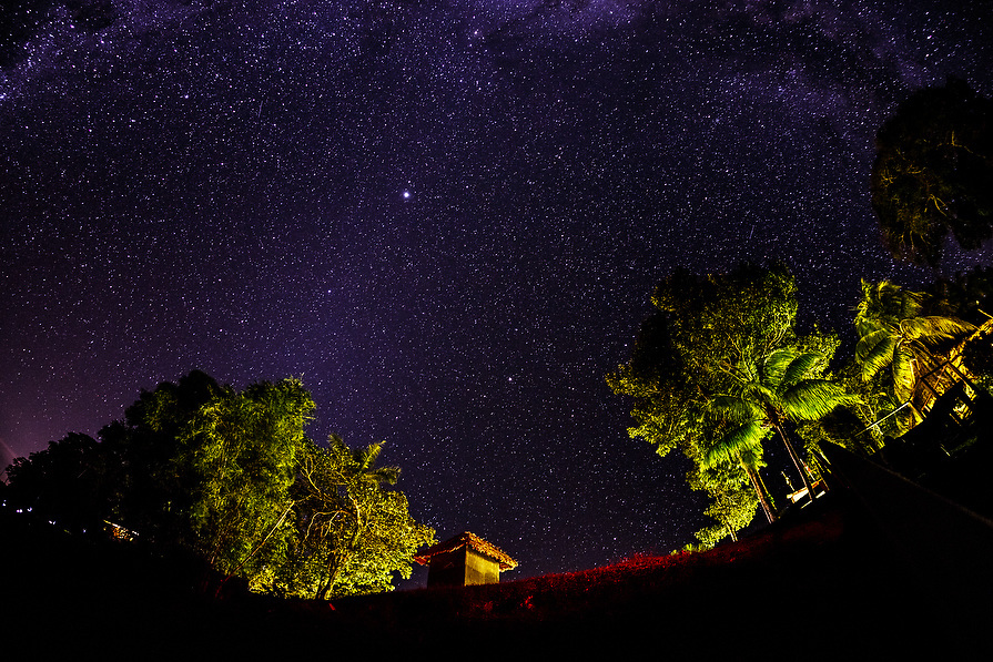 After a long day of exploring the group returns  to the lodge. Once the sun sets the stars illuminate the sky.