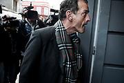 20191003/ Javier Calvelo - adhocFOTOS/ URUGUAY/ MONTEVIDEO/  Juzgado de la calle Juan Carlos Gómez/ El juez formalizará el proceos de acusacion de Guido Manini Ríos que quedara sujeto a proceso de la investigacion sobre el asesinato de Roberto Gomenzoro cometido por José Gavazzo y confesado por este en un tribunal de honor militar en 2018.<br /> En la foto: Guido Manini Ríos en el juzgado de la calle Juan Carlos Gómez de Montevideo. Foto: Javier Calvelo / adhocFOTOS