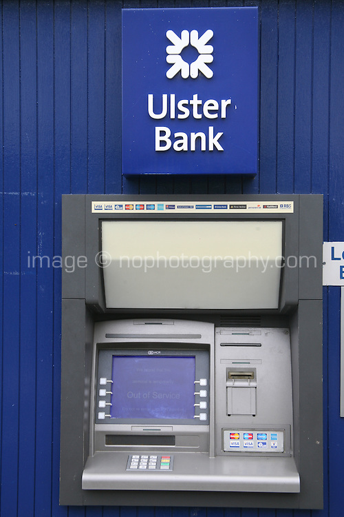 An ATM machine at Dalkey branch of Ulster Bank in Dublin Ireland reads Out of Service as Ulster Bank branches across Ireland have extended their opening hours today as the bank attempts to clear a backlog in payments after issues with a technical fault last week. Monday 25th June 2012