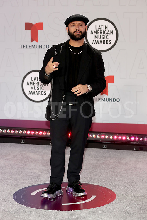 """2021 LATIN AMERICAN MUSIC AWARDS -- """"Red Carpet"""" -- Pictured: Alex Rose at the BB&T Center in Sunrise, FL on April 15, 2021 -- (Photo by: Aaron Davidson/Telemundo)"""