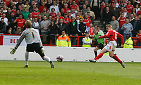 Photo: Steve Bond/Richard Lane Photography. <br />Nottingham Forest v Yeovil Town. Coca-Cola Football League One. 03/05/2008. Kris Commons (R) scores no2 past keeper Steve Mildenhall