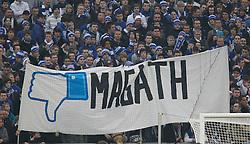 26.02.2011, Veltins Arena, Gelsenkirchen, GER, 1.FBL, FC Schalke 04 vs 1. FC Nuernberg, im Bild enttäuschte Fans haben Transparent, Plakat mit Daumen runter für Magath ausgerollt, EXPA Pictures © 2011, PhotoCredit: EXPA/ nph/  Scholz       ****** out of GER / SWE / CRO  / BEL ******