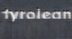 THEMENBILD - die Tyrolean Airways Zentrale am Innsbrucker Flughafen. Tyrolean Airways gab am heutigen 26. Februar 2018 bei einer Pressekonferenz mit AUA-Chef Kay Kratky einen massiven Stellenabbau aufgrund von Unwirtschaftlichkeit am Standort Innsbruck bekannt. Betroffen sollen 80 der 110 Mitarbeiter der Tyrolean Technik sein // Tyrolean Airways announced on February 26, 2018 at a press conference with AUA CEO Kay Kratky a massive job cuts due to inefficiency at the location Innsbruck. 80 of the 110 employees of Tyrolean Technik are said to be affected, in Innsbruck, Austria on 2018/02/26. EXPA Pictures © 2018, PhotoCredit: EXPA/ Jakob Gruber