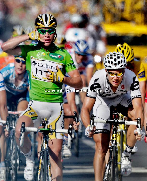 Frankrike. La Grande-Motte. 20090706. Tour de France.   Mark Cavendish vinner foran Thor Hushovd...FOTO: DANIEL SANNUM LAUTEN