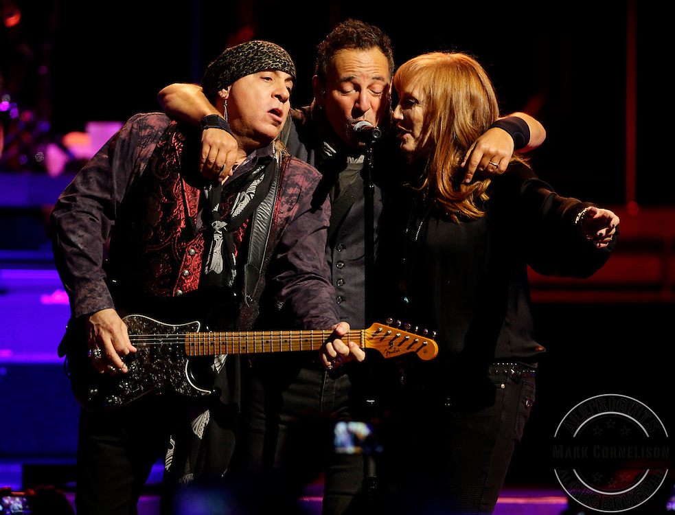 Bruce Springsteen and the E Street  band played a 3 hour show at the YUM Center in Louisville, KY on Sunday Februaray 21, 2016. Photos by Mark Cornelison
