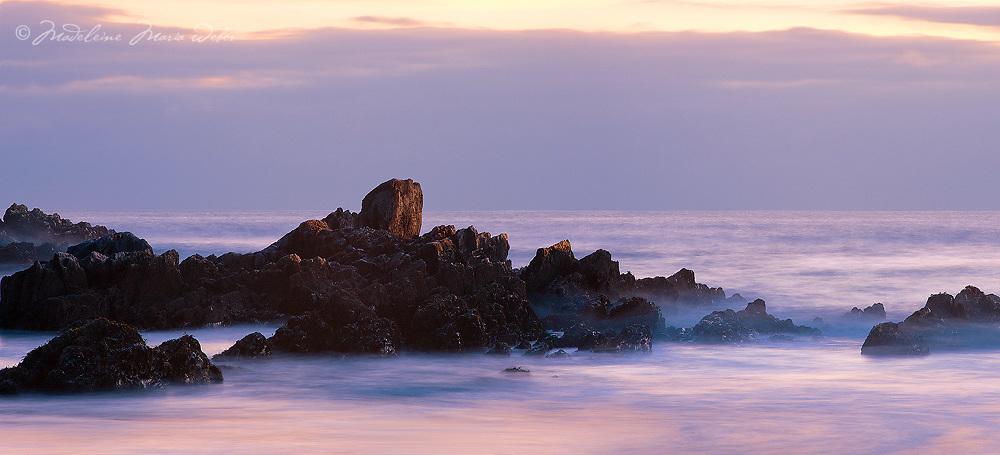 Rocks, Sea and Ireland / rc070