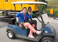 DEN HAAG -WORLD CUP Hockey 2014.  Barbara en Sophie. COPYRIGHT  KOEN SUYK