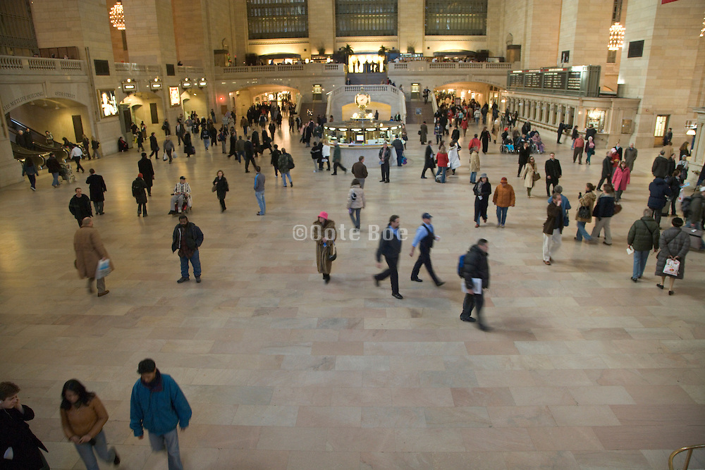 the great hall in Grand Central railway station in New York City
