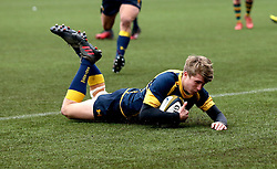 George Hawkes (Solihull School) of Worcester Warriors U18 scores a try - Mandatory by-line: Robbie Stephenson/JMP - 22/01/2017 - RUGBY - Sixways Stadium - Worcester, England - Worcester Warriors U18 v Northampton Saints U18 - Premiership Rugby U18 Academy League