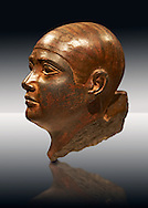 Sculptured Eyyptian  head of a man in Baslt. Fifth. Dynasty 2500 BC.  Altes Reich Egyptian Museum, Berlin .<br /> <br /> If you prefer to buy from our ALAMY PHOTO LIBRARY  Collection visit : https://www.alamy.com/portfolio/paul-williams-funkystock/ancient-egyptian-art-artefacts.html  . Type -   Neues    - into the LOWER SEARCH WITHIN GALLERY box. Refine search by adding background colour, subject etc<br /> <br /> Visit our ANCIENT WORLD PHOTO COLLECTIONS for more photos to download or buy as wall art prints https://funkystock.photoshelter.com/gallery-collection/Ancient-World-Art-Antiquities-Historic-Sites-Pictures-Images-of/C00006u26yqSkDOM