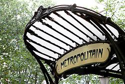 29.04.2011, Paris, Frankreich, FRA, Feature, Pariser Impression, im Bild  Pariser Metro Schild, EXPA Pictures © 2011, PhotoCredit: EXPA/ nph/  Straubmeier       ****** out of GER / SWE / CRO  / BEL ******
