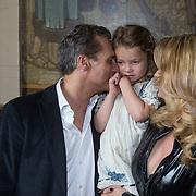 """NLD/Amsterdam/20130613 - Presentatie erotische triller """" Kamer 303 """" van Claudia Schoemacher - van Zweden, met dochter Olivia en part Robert Schoemacher"""