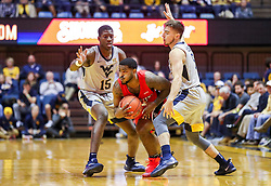 Dec 1, 2018; Morgantown, WV, USA; Youngstown State Penguins guard Devin Morgan (22) breaks a trap during the first half against the West Virginia Mountaineers at WVU Coliseum. Mandatory Credit: Ben Queen-USA TODAY Sports