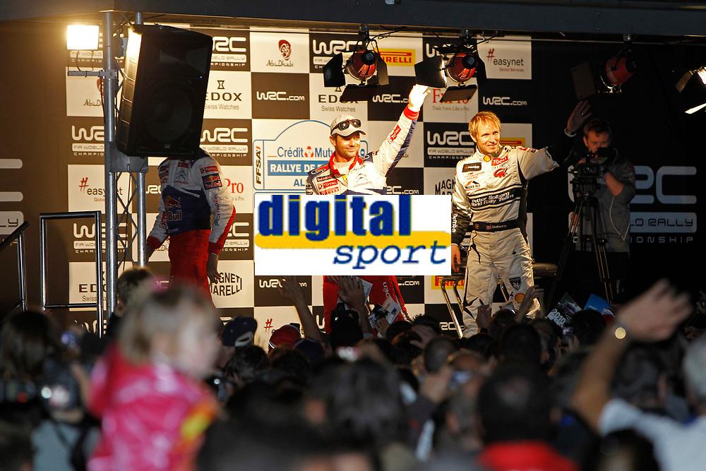 MOTORSPORT - WORLD RALLY CHAMPIONSHIP 2010 - RALLYE DE FRANCE / ALSACE  - STRASBOURG (FRA) - 30/09 TO 03/10/2010 - PHOTO : FRANCOIS BAUDIN / DPPI - <br /> LOEB Sébastien (FRA) - CITROEN TOTAL WORLD RALLY TEAM - CITROEN C4 WRC<br /> SOLBERG Petter (NOR) - PETTER SOLBERG WORLD RALLY TEAM - CITROËN C4 WRC - Ambiance Portrait