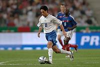 Fotball<br /> VM-kvalifisering<br /> Frankrike v Israel<br /> 4. september 2004<br /> Foto: Digitalsport <br /> NORWAY ONLY<br />  IDAN TAL (ISR)