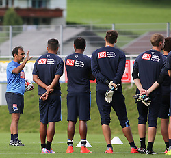 04.08.2014, Athletic Area, Schladming, AUT, Hertha BSC, im Bild Jos Luhukay (Hertha BSC, Trainer) und Spieler // during a training session of the German Bundesliga Club Hertha BSC at the Athletic Area, Austria on 2014/08/04. EXPA Pictures © 2014, PhotoCredit: EXPA/ Martin Huber