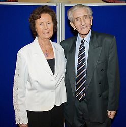 LIVERPOOL, ENGLAND - Friday, November 27, 2009: Former Everton, Liverpool and Tranmere Rovers player Dave Hickson with his wife Patricia at the Health Through Sport charity dinner at the Devonshire House. (Photo by David Rawcliffe/Propaganda)