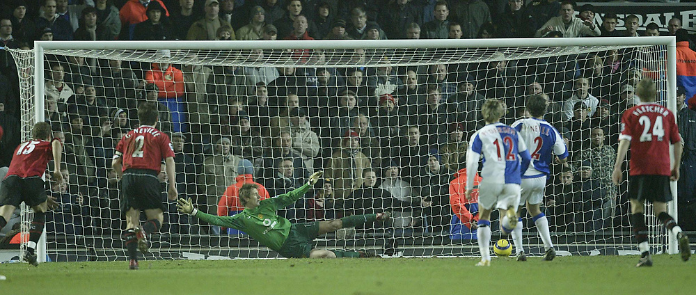 Photo: Aidan Ellis.<br /> Blackburn v Manchester United. Barclays Premiership. 01/02/2006.<br /> United's Edwin Van Der Sar is sent the wrong way as Blackburn's Lucas Neil scores the third goal from the Penalty spot