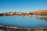 "Islande. Piscine d'eau chaude ""Blue Lagoon"" de Myvatn. // Iceland. Hot water swimming pool ""Blue Lagoon"" at Myvatn."