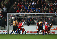 Photo: Andrew Unwin.<br />Hull City v Middlesbrough. The FA Cup. 06/01/2007.<br />Hull's Nicky Forster (#9) scores his team's equaliser.