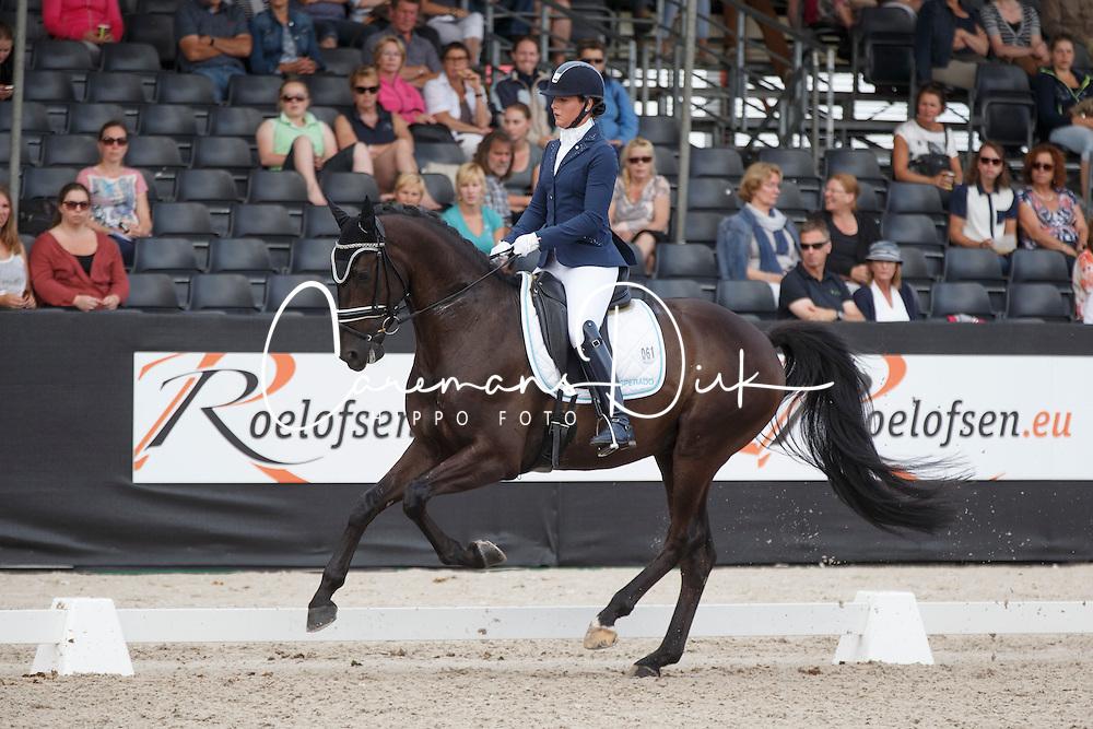 Heijkoop Danielle, (NED), El Torro B<br /> Selectie 6 jarige WK paarden<br /> Dutch Championship Dressage - Ermelo 2015<br /> © Hippo Foto - Dirk Caremans<br /> 18/07/15