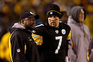 Ben Roethlisberger and head coach Mike Tomlinof the Pittsburgh Steelers during a loss to Indianapolis 24-20 on Sunday, Nov. 9, 2008.