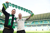 08/05/16 LADBROKES PREMIERSHIP <br /> CELTIC v ABERDEEN <br /> CELTIC PARK - GLASGOW <br /> Celtic manager Ronny Deila (left) celebrates with captain Scott Brown at full-time after securing five league titles in a row