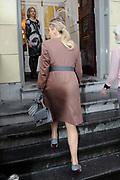 Koningin Maxima aanwezig bij Prix de Rome 2013. De Prix de Rome is de oudste en meest genereuze prijs voor jonge kunstenaars en architecten (tot 40 jaar) in Nederland. <br /> <br /> Queen Maxima attended Prix de Rome in 2013. The Prix de Rome is the oldest and most generous prize for young artists and architects (under 40 years) in the Netherlands.<br /> <br /> Op de foto / On the photo:  Aankomst Koningin Maxima / Arrival Queen Maxima