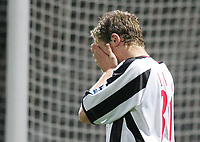 Photo: Lee Earle.<br /> West Ham United v Sheffield United. The Barclays Premiership. 25/11/2006. Sheffield's Nicholas Law looks dejected after going close.