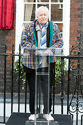 © Licensed to London News Pictures. 27/04/2017. London, UK. MICHAEL PENNINGTON attends the unveiling of an English Heritage Blue Plaque at the London home of Sir John Gielgud where he lived for 31 years. Photo credit: Ray Tang/LNP