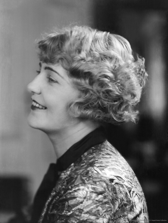 Lotte Lorring, actress, 1927
