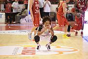 DESCRIZIONE : Pistoia Lega serie A 2013/14 Giorgio Tesi Group Pistoia Victoria Libertas Pesaro<br /> GIOCATORE : washington deron<br /> CATEGORIA : curiosità<br /> SQUADRA : Giorgio Tesi Group Pistoia<br /> EVENTO : Campionato Lega Serie A 2013-2014<br /> GARA : Giorgio Tesi Group Pistoia Victoria Libertas Pesaro<br /> DATA : 24/11/2013<br /> SPORT : Pallacanestro<br /> AUTORE : Agenzia Ciamillo-Castoria/GiulioCiamillo<br /> Galleria : Lega Seria A 2013-2014<br /> Fotonotizia : Pistoia Lega serie A 2013/14 Giorgio Tesi Group Pistoia Victoria Libertas Pesaro<br /> Predefinita :